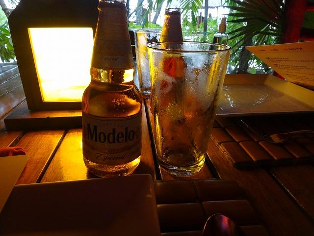 メキシコ・カンクンビールModelo
