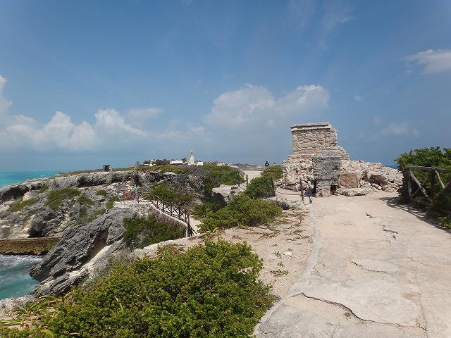 イスラ・ムヘーレス島ブンタ・スール遺跡