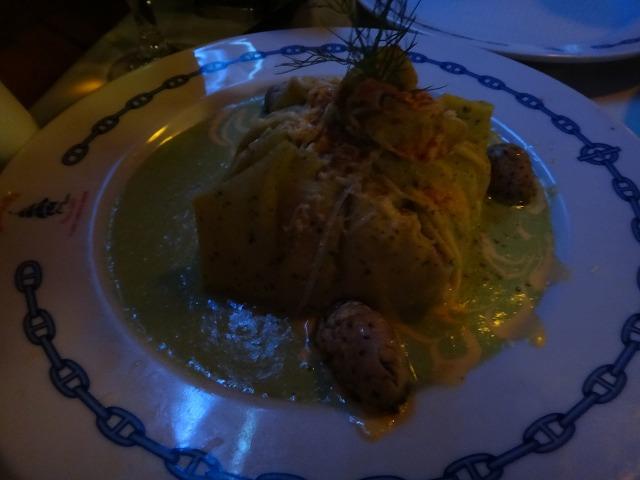 カンクンディナー|ロブスターで有名なロレンシージョ温菜