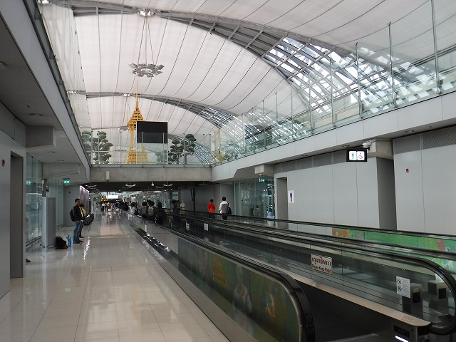 タイ・バンコク・スワンナブーム国際空港01