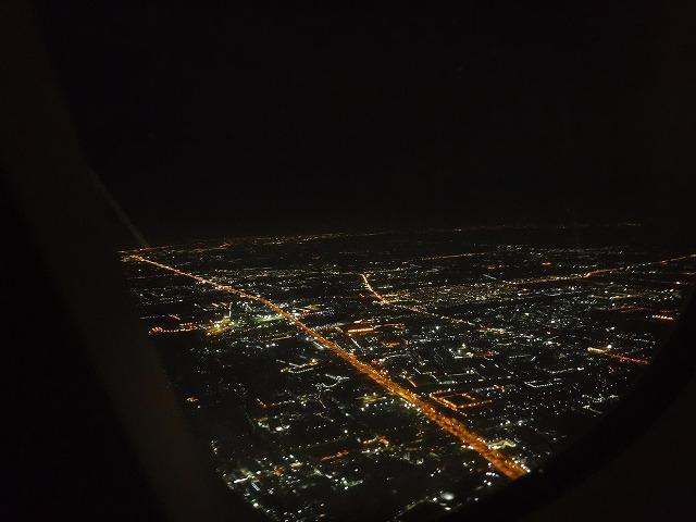 バンコクエアウェイズ機内からの夜景