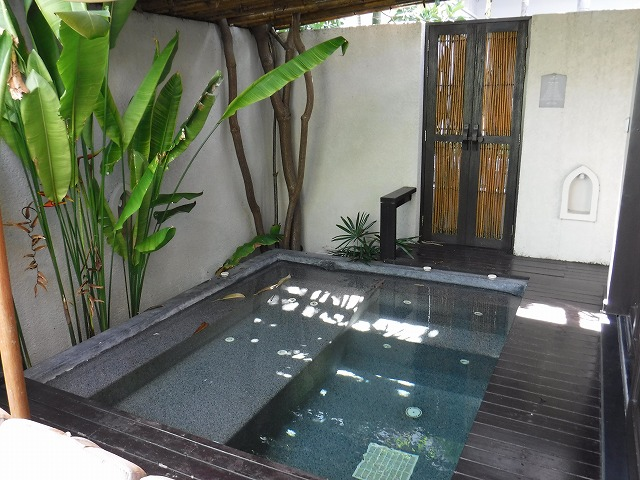 サムイ島ホテルサリラヤSAREERAYA VILLAS &SUITESのヴィラルーム08