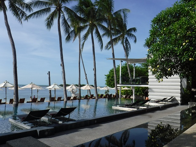 ホテルサリラヤSAREERAYA VILLAS &SUITESのプール