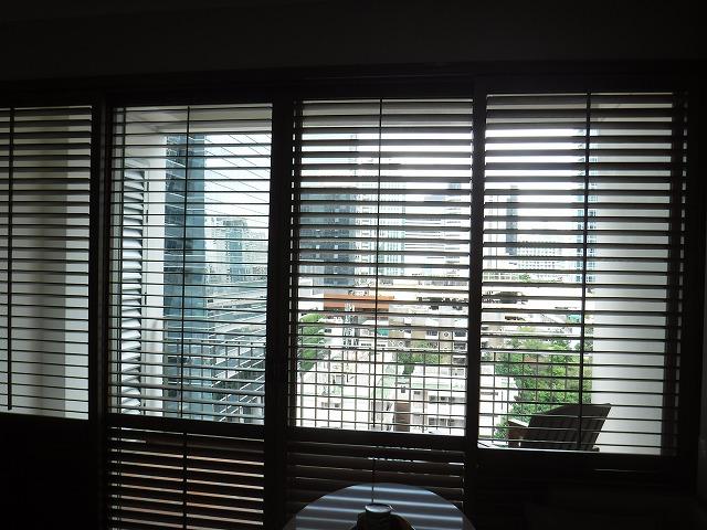 タイ・バンコクのホテル、グランデセンターポイントチットロムお部屋02