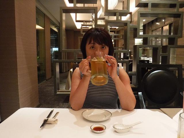 バンコク夜ディナー北京ダック、リンファービール