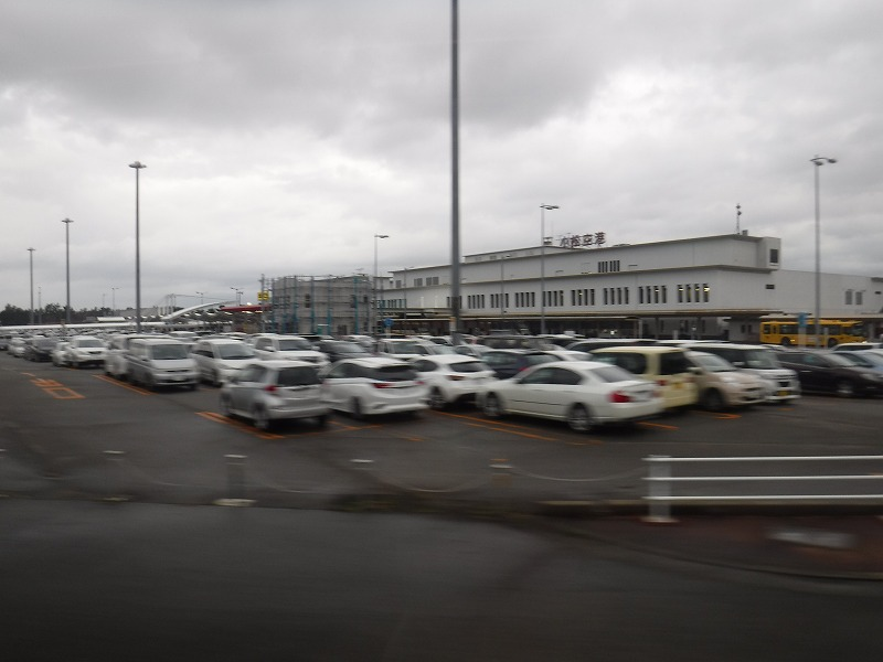 リムジンバスから見た小松空港