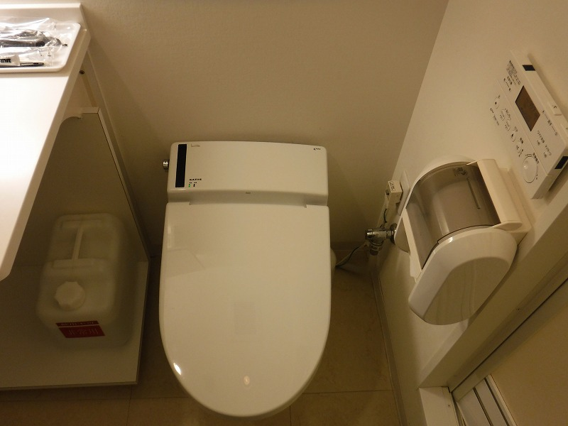 天然温泉 加賀の湧泉 ドーミーイン金沢禁煙デラックスクイーンルームトイレ