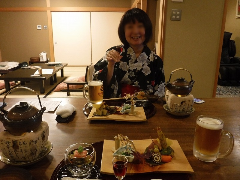 石川県たちばな四季亭夕食夫婦で食前酒乾杯