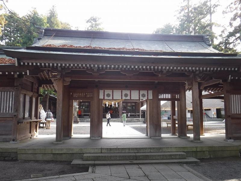 白山比咩神社の入り口