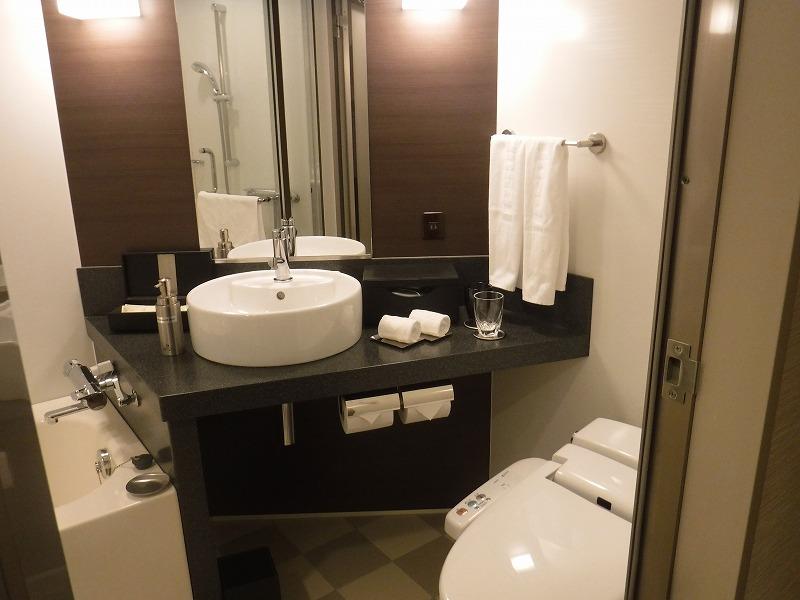 ホテルトラスティ金沢香林坊ツインルーム客室ユニットバス
