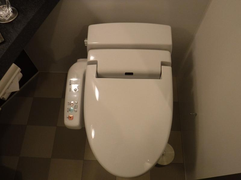 ホテルトラスティ金沢香林坊ツインルーム客室ユニットバストイレ