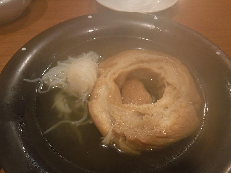 金沢名物の金沢おでん「三幸みゆき」糸コンニャクと車麩