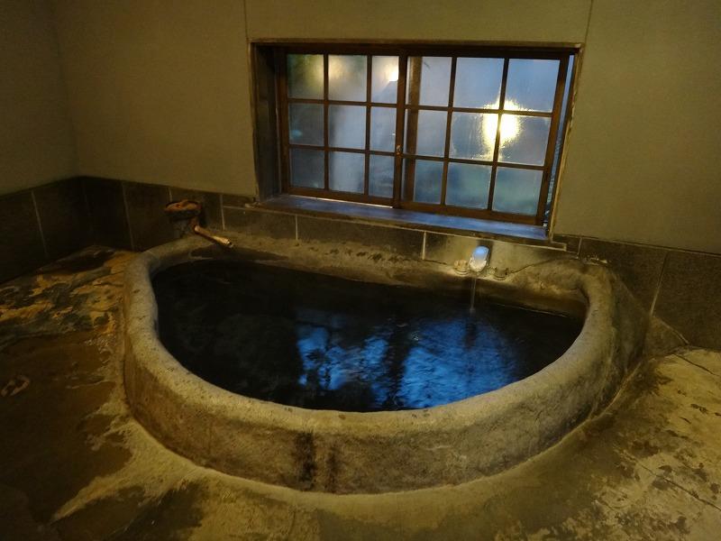 ゆふいん山荘わらび野 離れの露天風呂大浴場男湯内風呂その2