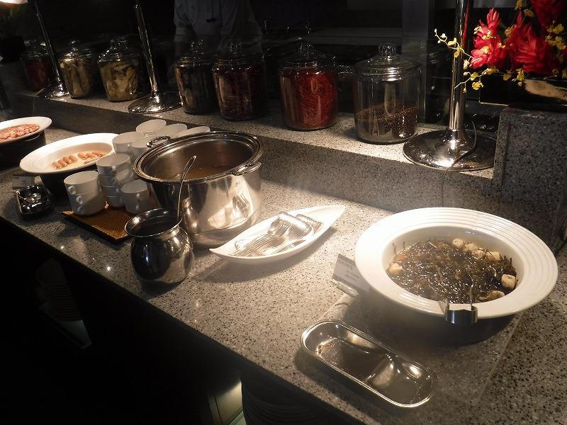 石垣島インターコンチネンタル石垣リゾートの朝食洋食ブッフェのサンコーストカフェ会場4