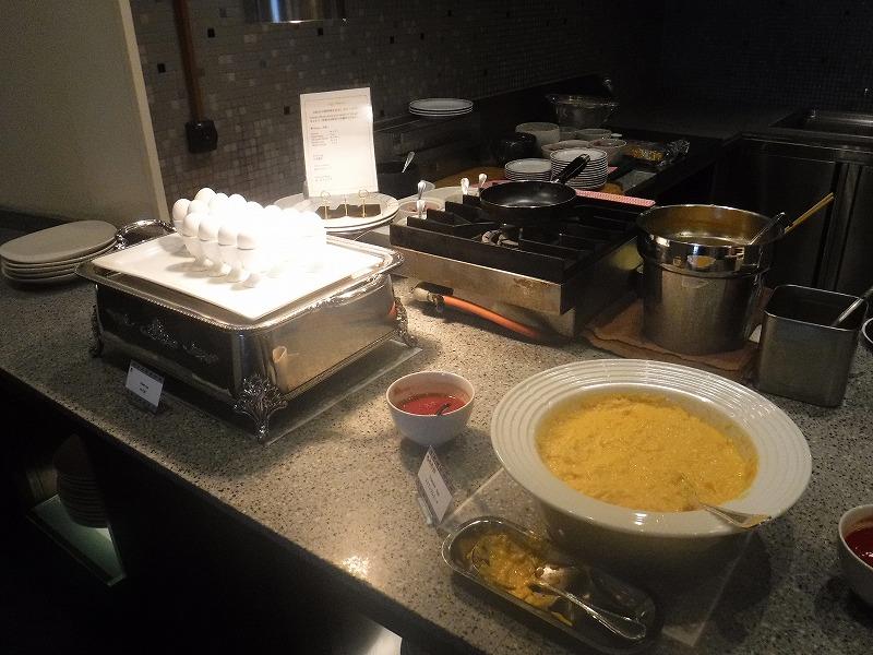 石垣島インターコンチネンタル石垣リゾートの朝食洋食ブッフェのサンコーストカフェ会場6