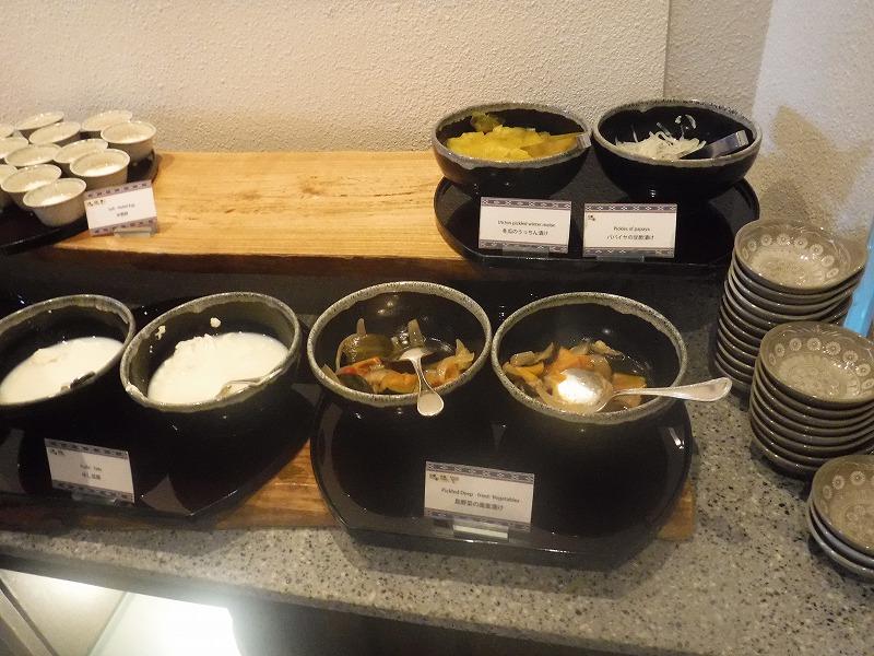 石垣島インターコンチネンタル石垣リゾートの朝食洋食ブッフェのサンコーストカフェ会場7