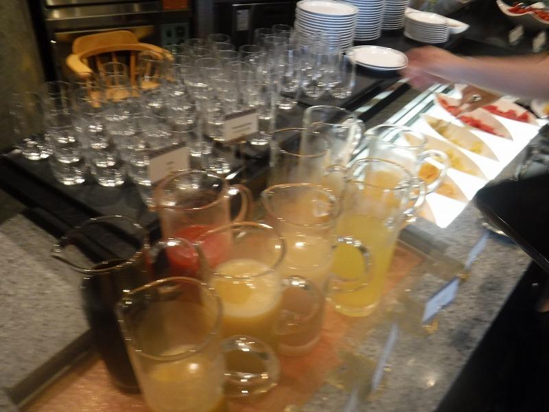 石垣島インターコンチネンタル石垣リゾートの朝食洋食ブッフェのサンコーストカフェ会場12