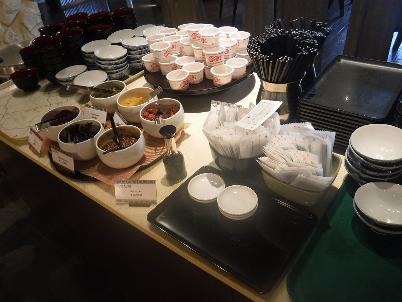 石垣島インターコンチネンタル石垣リゾートの朝食洋食ブッフェのサンコーストカフェ会場14