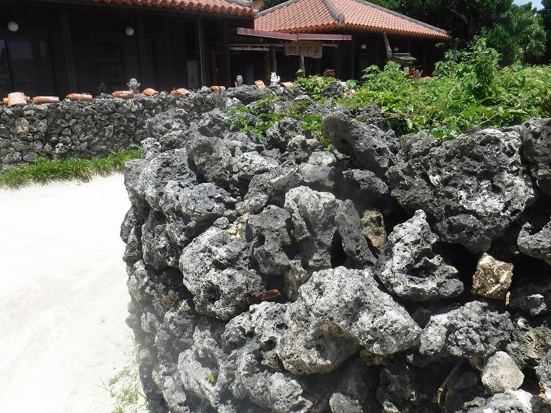 石垣島から竹富島半日観光、竹富島の町並み5