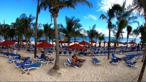 Azul Beach Resort The Fives Playa Del Carmenのビーチ1