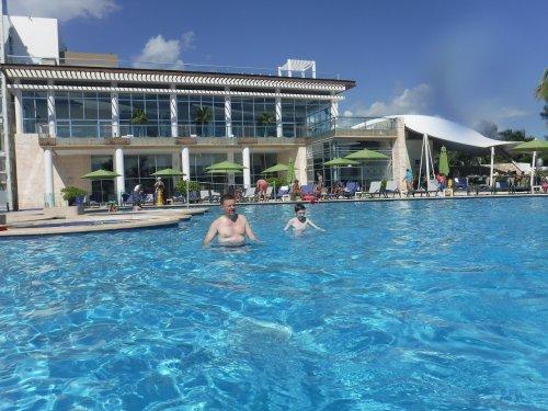 Azul Beach Resort The Fives Playa Del Carmenのメインプール2