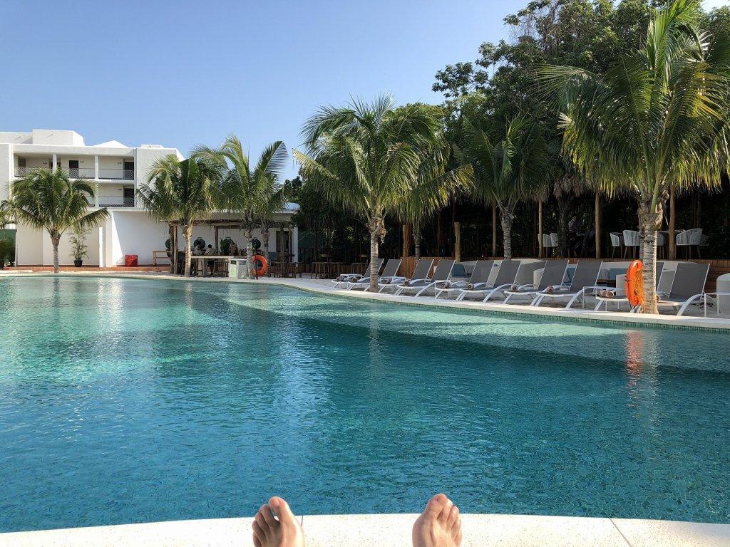 Azul Beach Resort The Fives Playa Del Carmen_ADULT ONLYオトナ専用のプール2