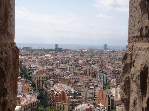 サグラダファミリア鐘楼から見たバルセロナの街並み1