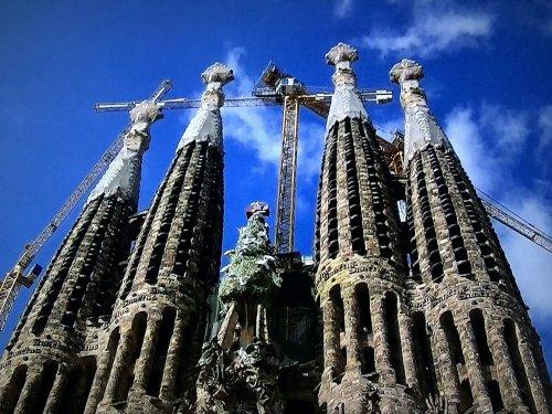 サグラダファミリア外観_メインの塔