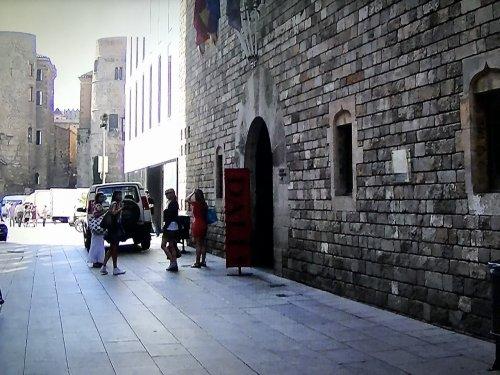 バルセロナ_ダリ美術館外観