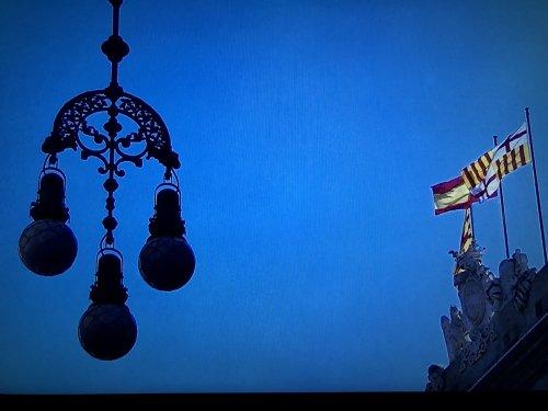 バルセロナの旧市街地にあった旗景色