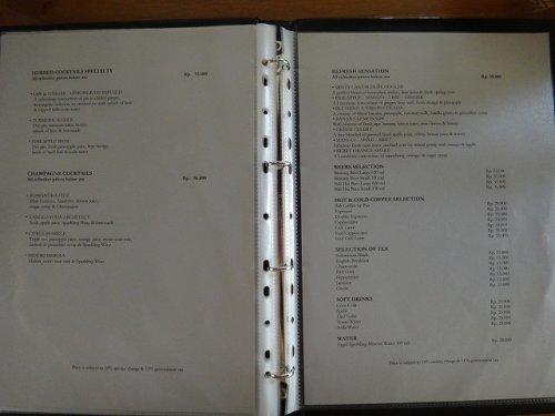 コマネカアットタンガユダウブドのレストラン「バツカルキッチン」のバリキュイジーヌ料理ルームサービスワインリストドリンクリスト3