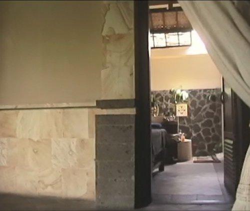 バリ島スパ|カップルおすすめ!ベルエアースパ_ダブルルーム入り口