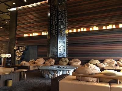 ニセコ昆布温泉鶴雅別荘杢の抄_ラウンジアペソ暖炉