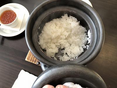 ニセコ昆布温泉鶴雅別荘杢の抄朝食_土鍋炊きたてごはん
