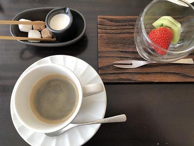 ニセコ昆布温泉鶴雅別荘杢の抄朝食_デザートとコーヒー