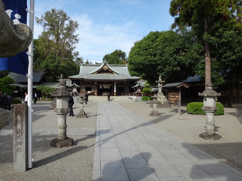 熊本水前寺公園近くの出水神社