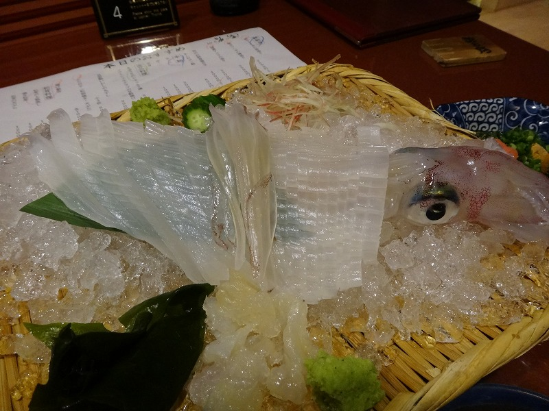 熊本の郷土料理を個室で味わえる五郎八離れ_呼子のイカ姿造り