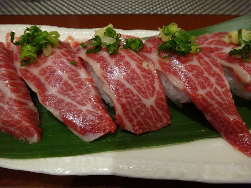 熊本の郷土料理を個室で味わえる五郎八離れ_馬の握り