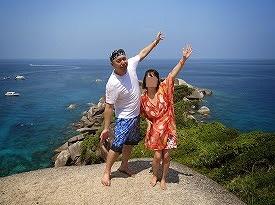 シミラン諸島ツアーNo.8シミラン島_岩歩き記念撮影