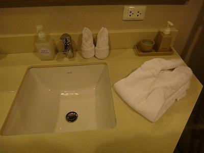 センシマーカオラック デラックスビーチサイド バスルーム_洗面台