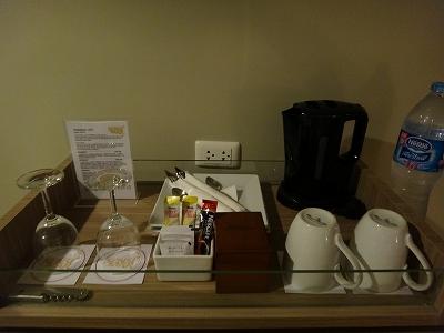 センシマーカオラック デラックスビーチサイド 客室備品_お茶セット