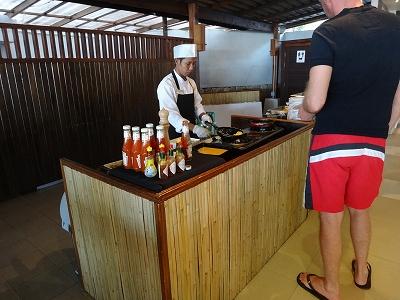 センシマーカオラック朝食ブッフェ_朝食会場のエッグコーナー