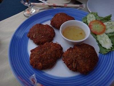 カオラックでおいしいタイ料理レストラン1.サラタイレストラン2015年リピート_カニのさつま揚げ