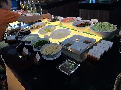 ザ サンズ カオラック バイ カタタニ リゾート朝食メニュー_野菜コーナー