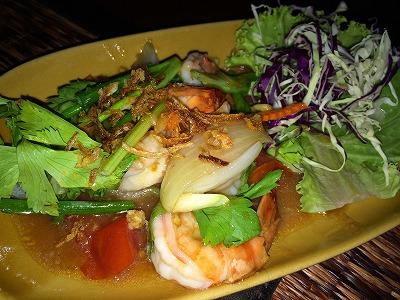 カオラックでおいしいタイ料理レストラン3.ノムズレストラン_エビ料理