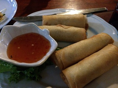 カオラックでおいしいタイ料理レストラン2.SOMSRI Restaurant_揚げ春巻き