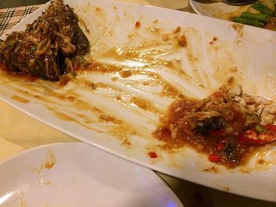 カオラックでおいしいタイ料理レストラン1.サラタイレストラン_お魚完食