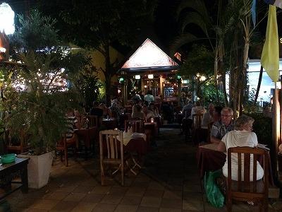 カオラックでおいしいタイ料理レストラン1.サラタイレストラン翌日リピート_アウトエア