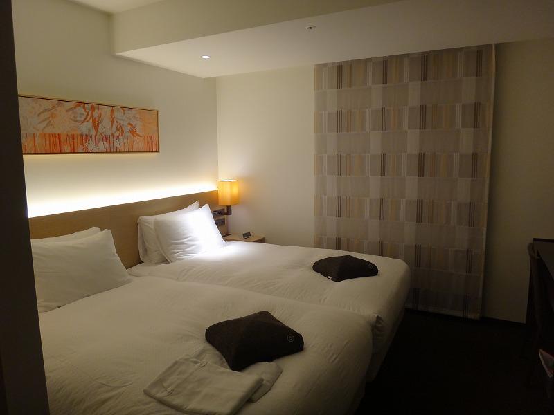 ホテルフォルツァFORZA博多筑紫口ツインルーム_ベッド