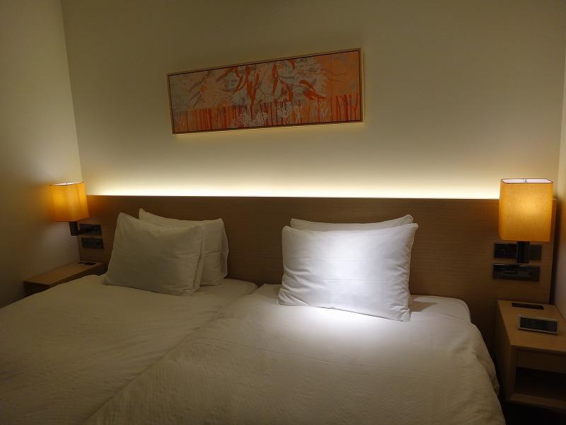 ホテルフォルツァFORZA博多筑紫口ツインルーム_ベッド2
